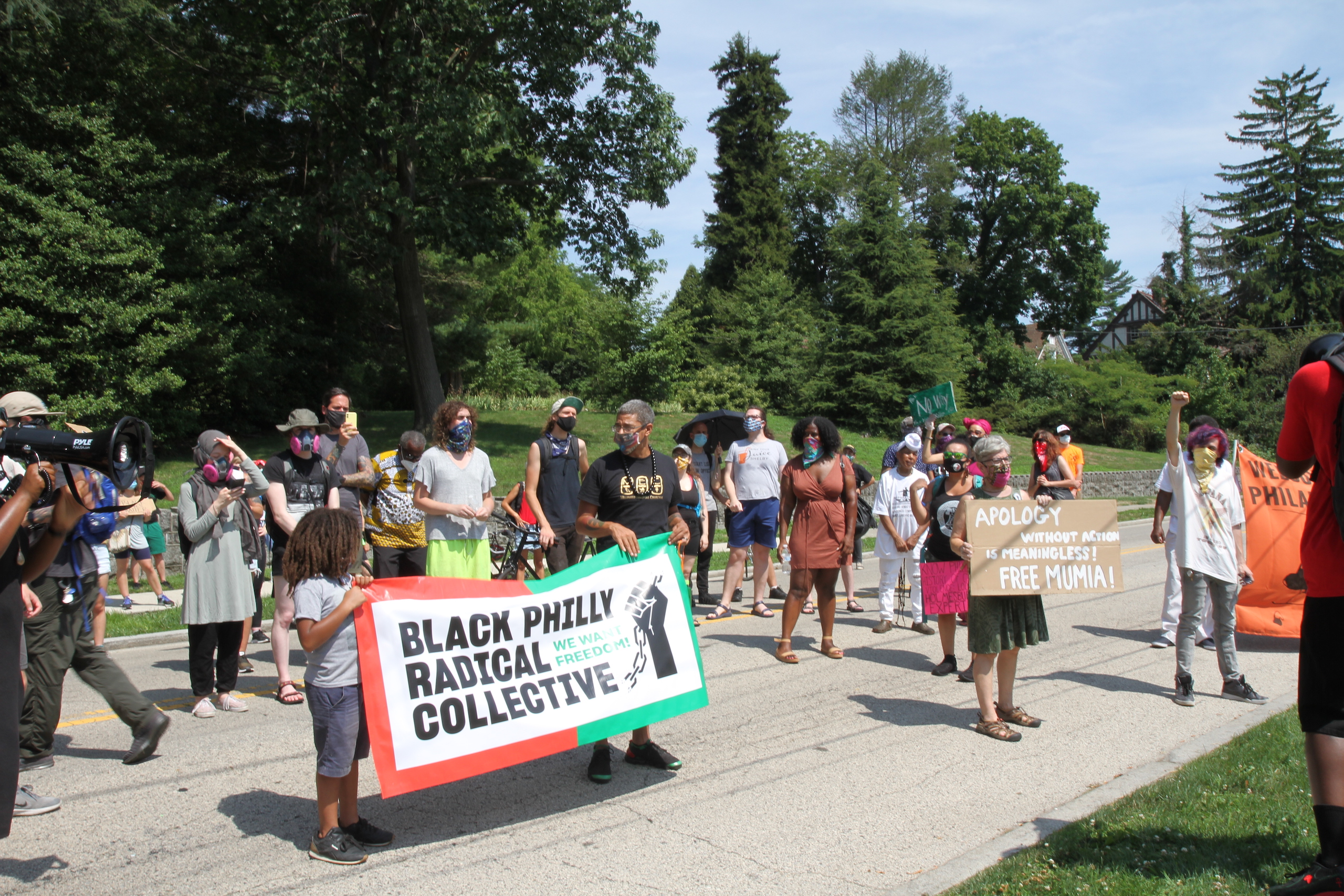 Protesters gather in front of Wilson Goode Sr.'s house