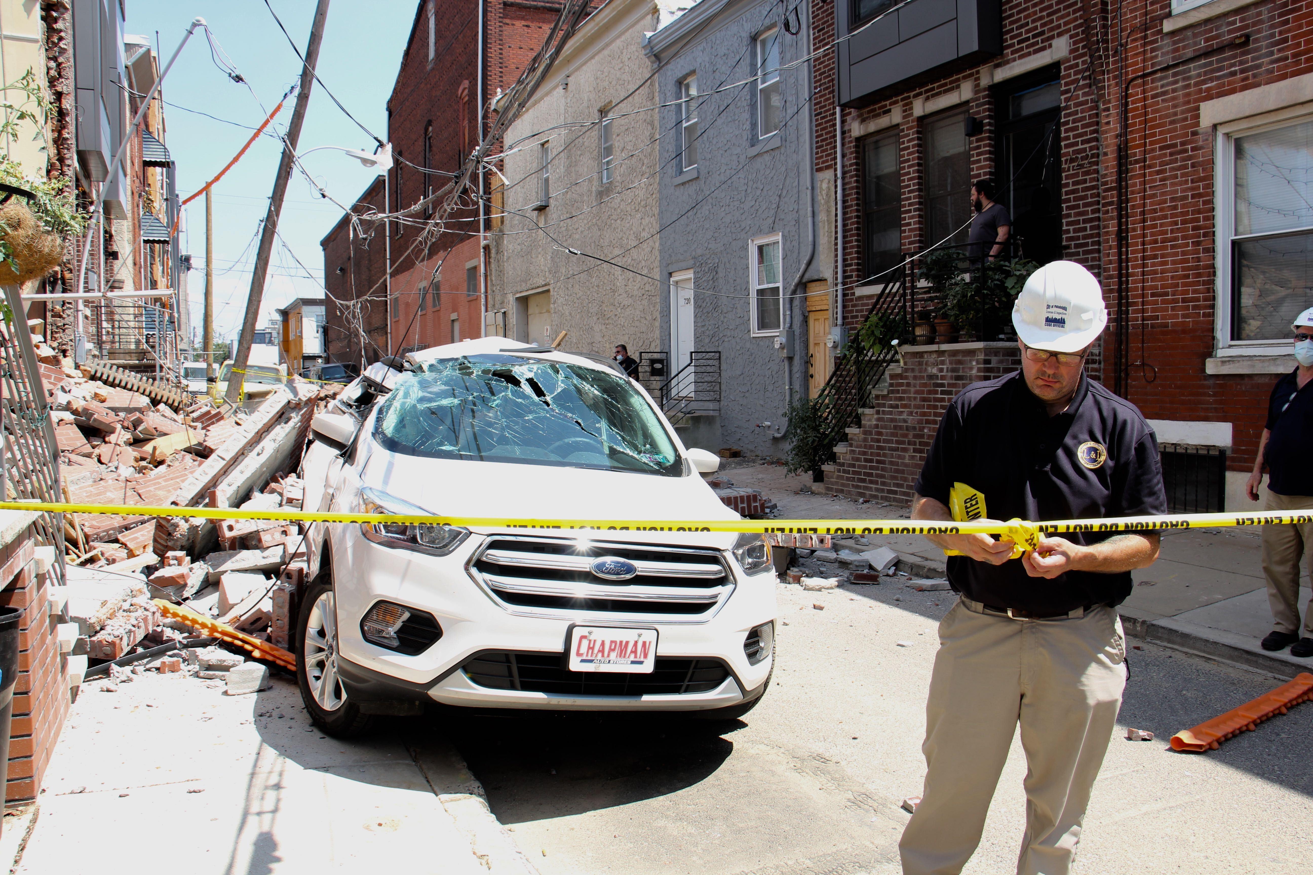 Mercy Street row homes collapse