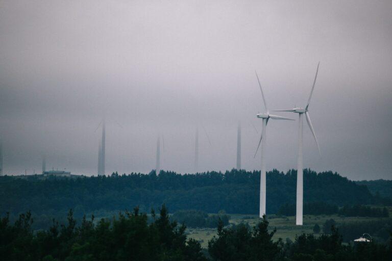 A wind energy farm in Somerset County. (Tim Lambert / WITF)