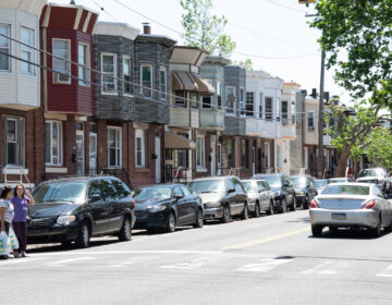 Row homes in the Hunting Park neighborhood of Philadelphia. (Erin Blewett/Kensington Voice)
