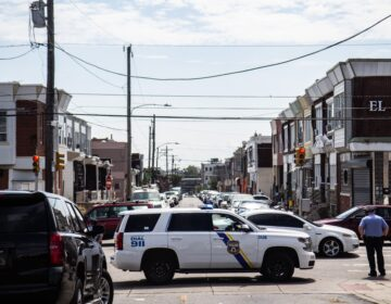 Police on the streets in Philadelphia's Kensington neighborhood. (Kimberly Paynter/WHYY)