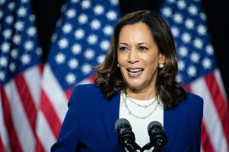Harris Becomes First Black Woman South Asian Elected Vp Whyy