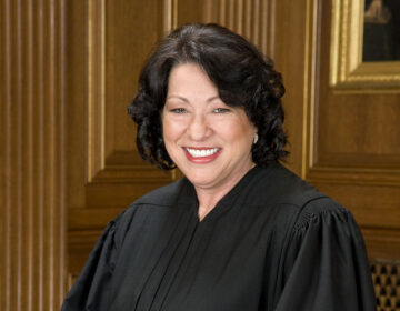 Sonia Sotomayor in SCOTUS robe from August 21, 2009 (Collection of the Supreme Court of the United States, Steve Petteway source/Public domain)