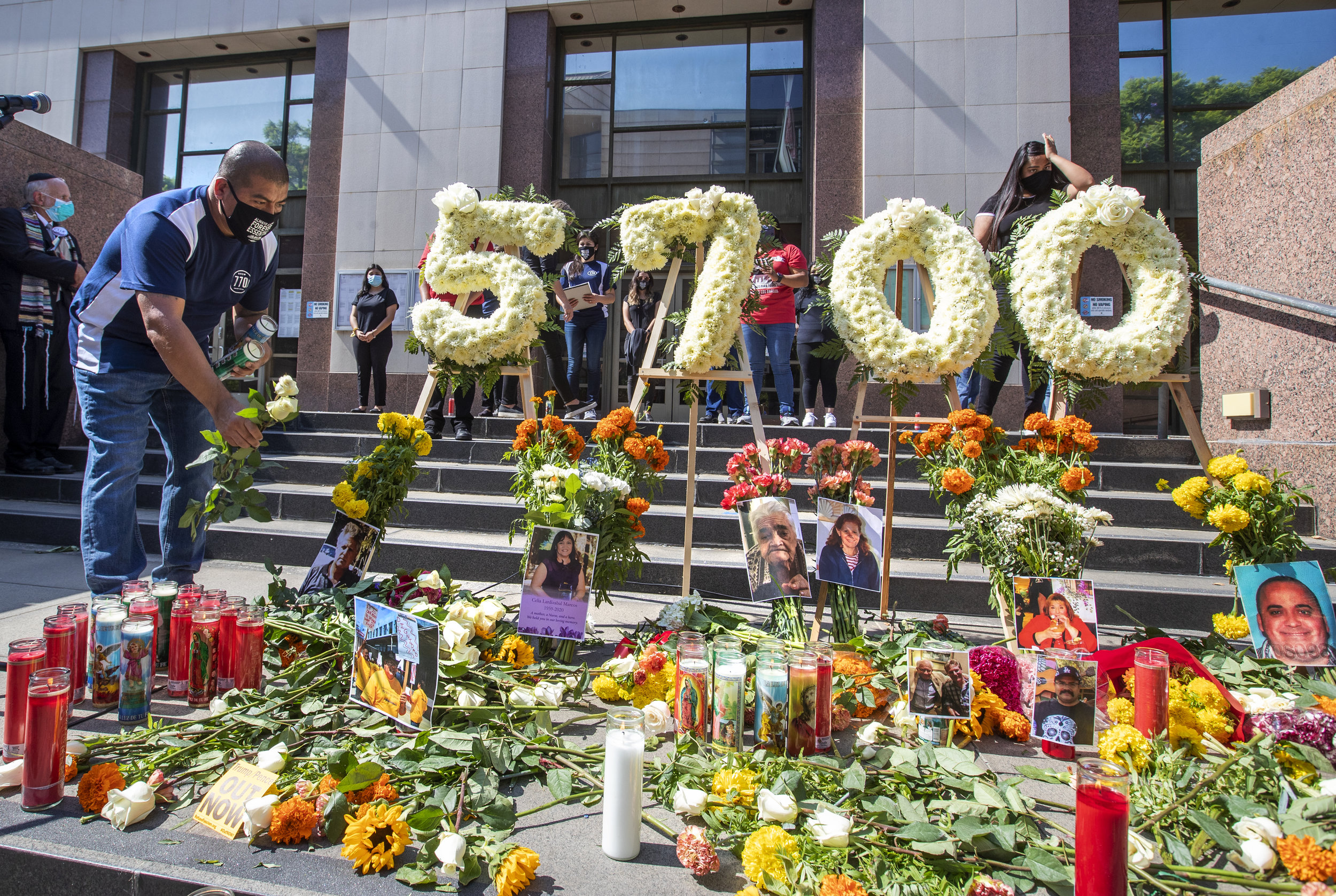 Memorial ceremony honors more than 5700 Angelinos lost to the coronavirus