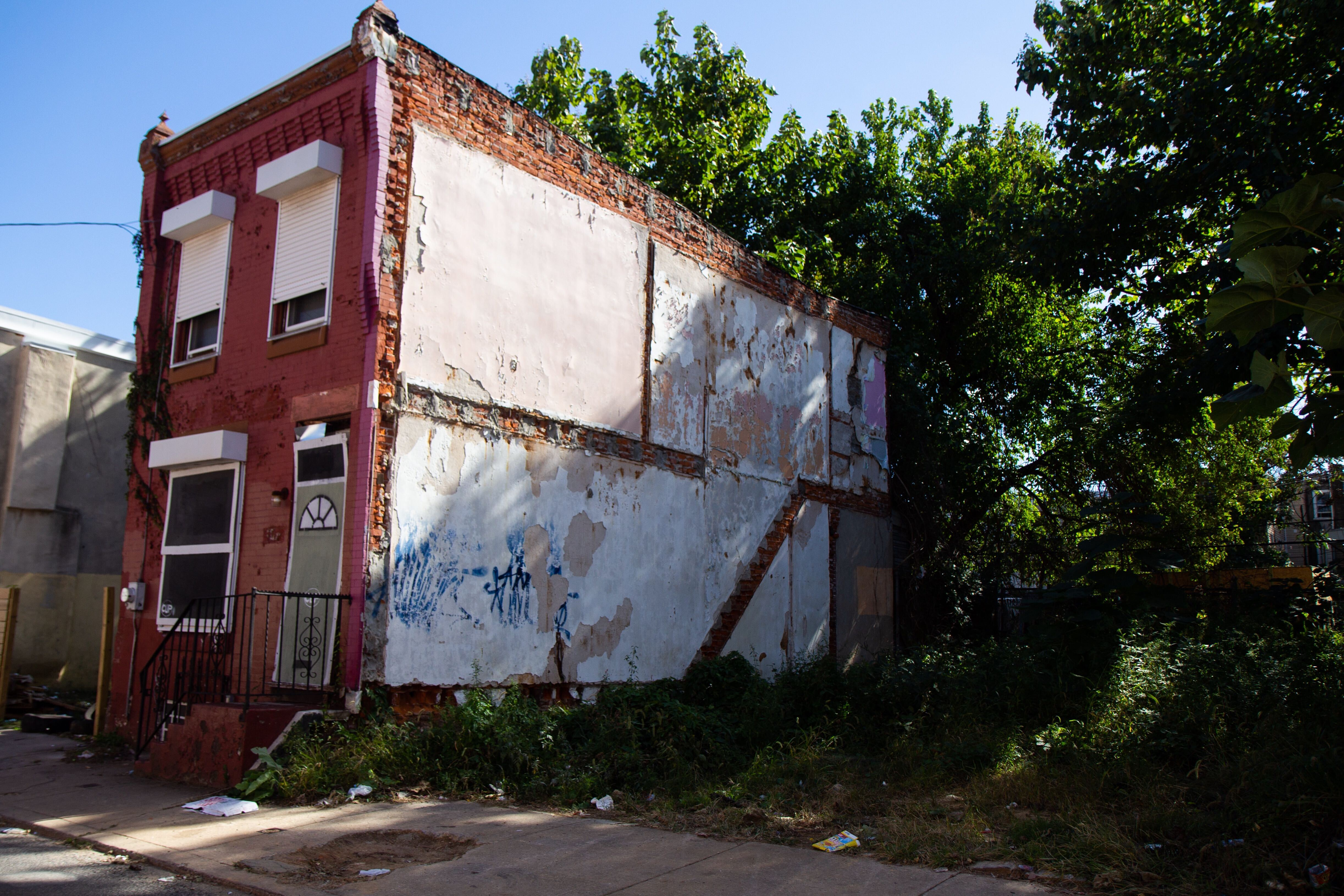 An abandoned house and lot on the 2900 block of Westmont Avenue