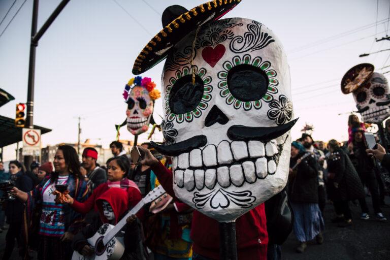 The Día de los Muertos procession in 2019. (Photo by Justin Mayer/Fleisher Art Memorial)