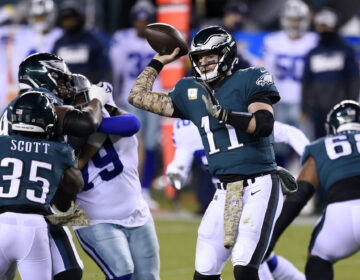 Philadelphia Eagles' Carson Wentz passes during the first half