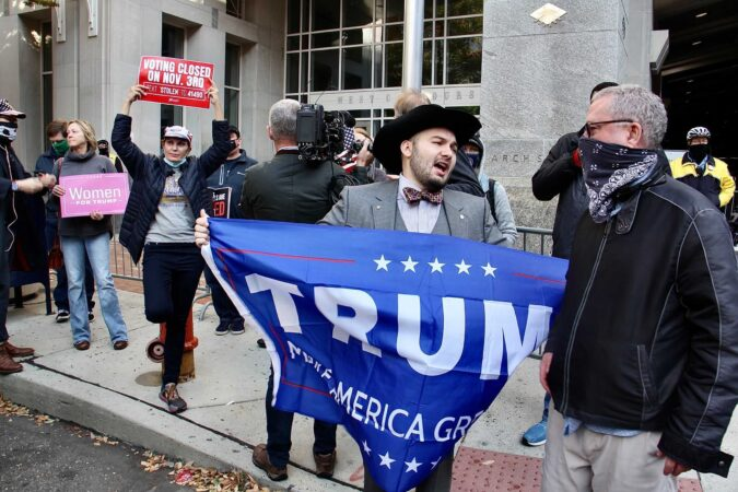 Election 2020: Protesters, Trump supporters converge on Philly vote center  - WHYY
