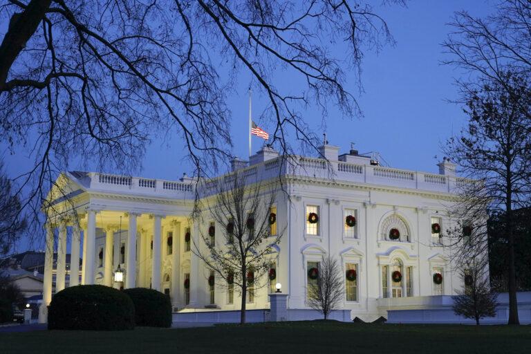 Dusk settles over the White House