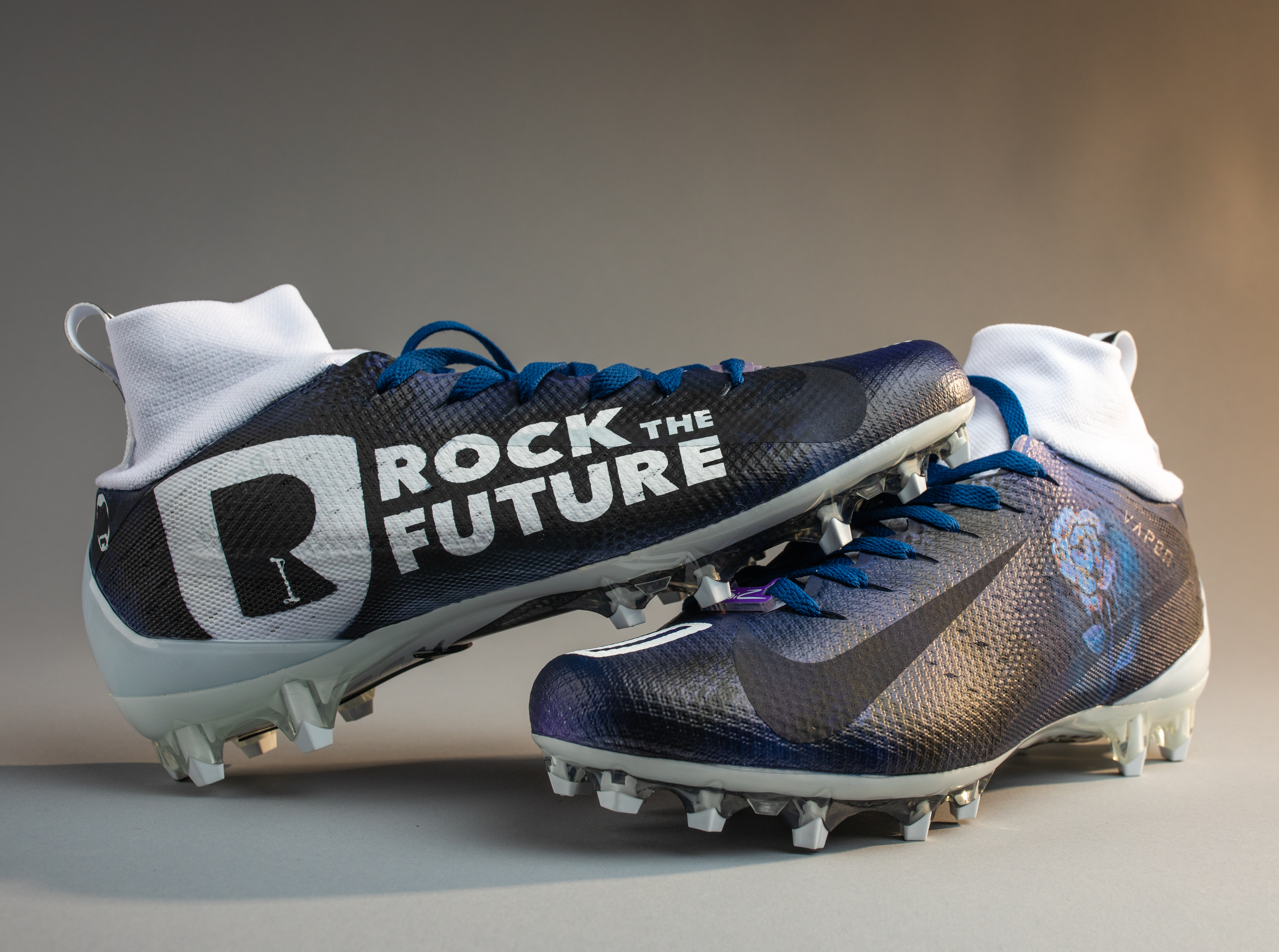 Customized cleats for Corey Clement feature Philly nonprofit Rock to the Future