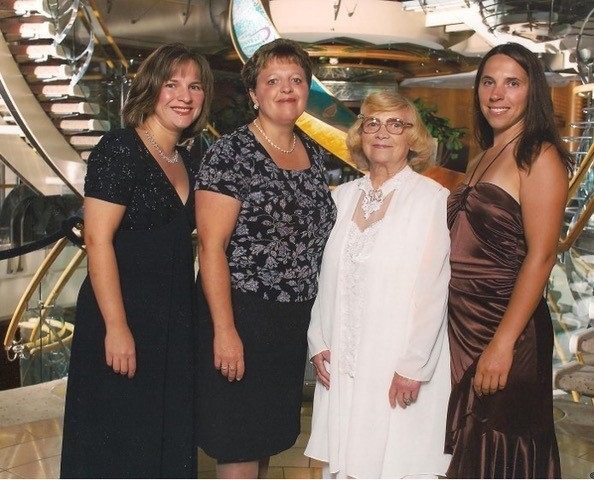 Sisters Dorothy Cassaro (left), Bernadette Sohler and Angie Kociolek with their mother, Annette, in happier times, in 2006.