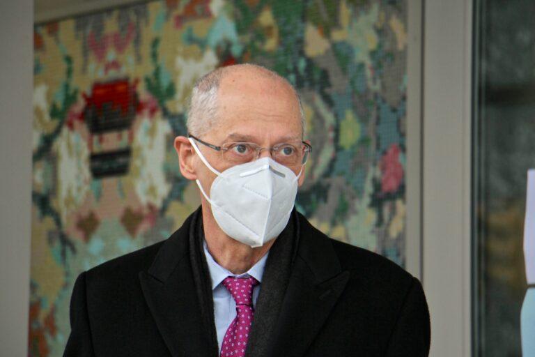 Philadelphia Health Commissioner Dr. Thomas Farley