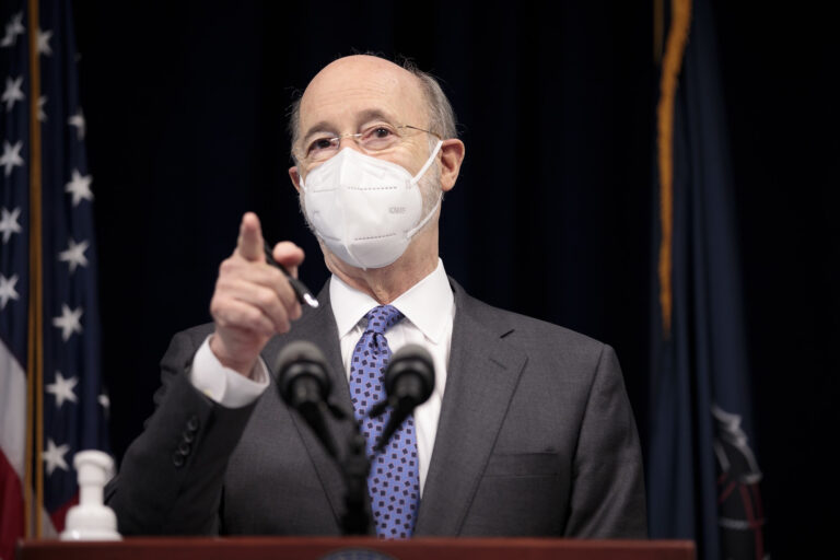 Pennsylvania Governor Tom Wolf answers questions from the press. (Governor Wolf/flickr)