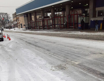 A photo of Olney Transportation Center Wednesday morning showed few commuters in the falling snow. (Facebook/Jeff Byrd)