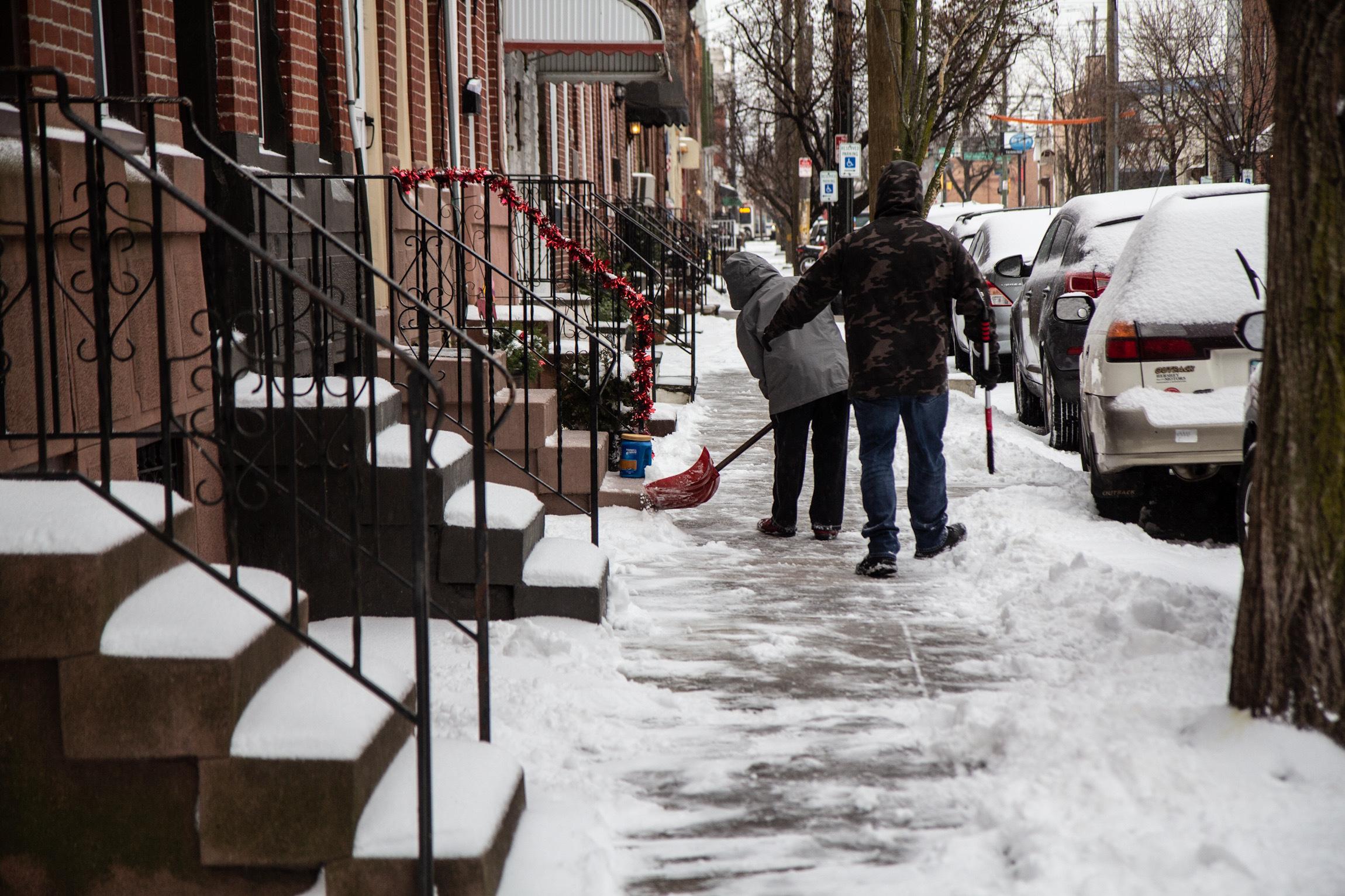 Philadelphians start to shovel their sidewalks