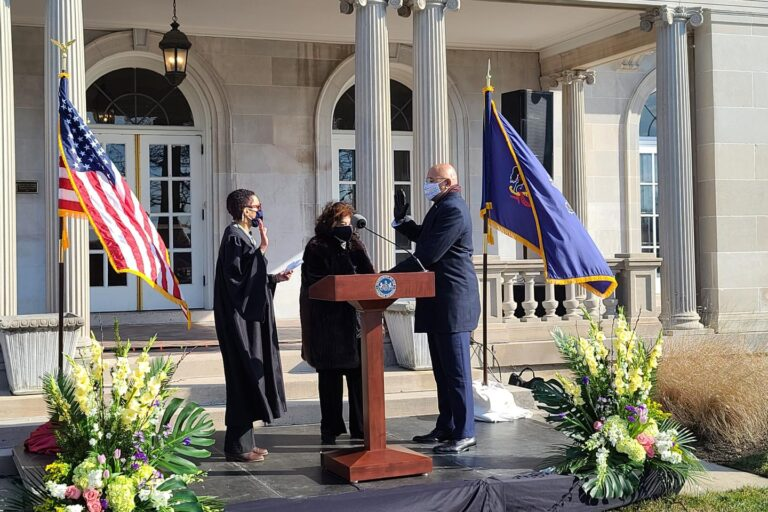 Timothy DeFoor is sworn in as Pennsylvania's auditor general. (Commonwealth Media Services)