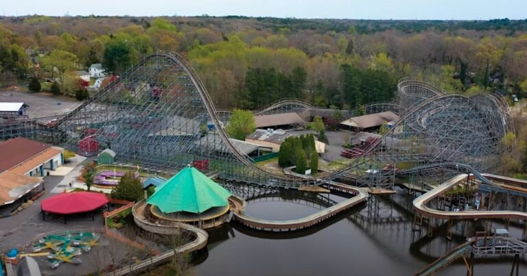 A view of Clementon Amusement Park from up above