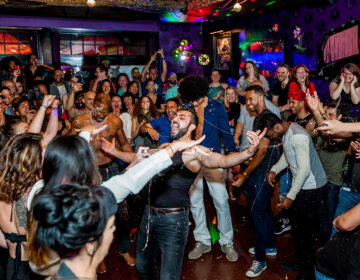 Dance party at Lucha Cartel (Jeison Moreno)