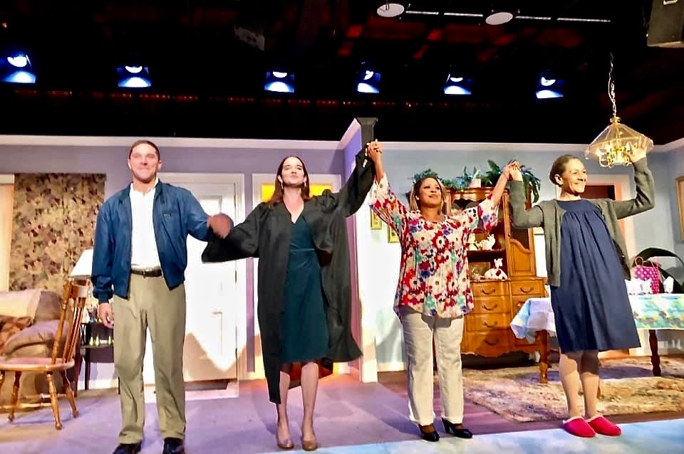 """The cast of """"Good Cuban Girls"""" takes a bow"""