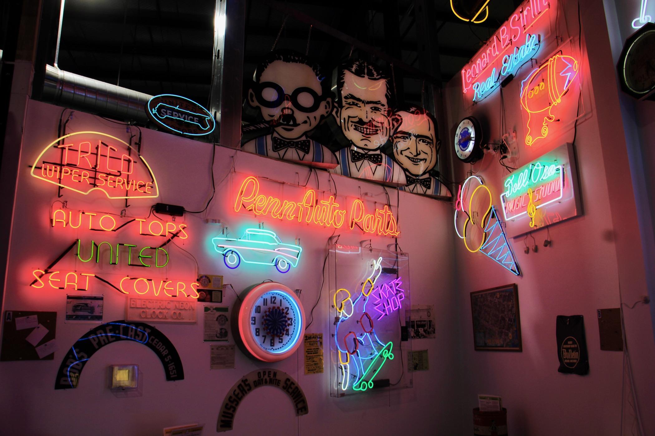 https://whyy.org/wp-content/uploads/2021/04/2021-04-21-e-lee-philadelphia-nexfab-building-neon-museum-auto-1.jpg