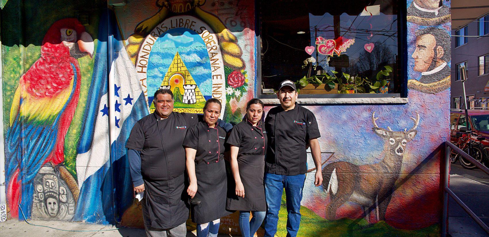 The Tamalex owners are committed to employing from their community, and often hire immigrant women to work at their restaurant. | Los dueños de Tamalex están comprometidos a emplear a personas de su comunidad y contratan mujeres inmigrantes para que trabajen en su restaurante. (Tony Rocco/WHYY)