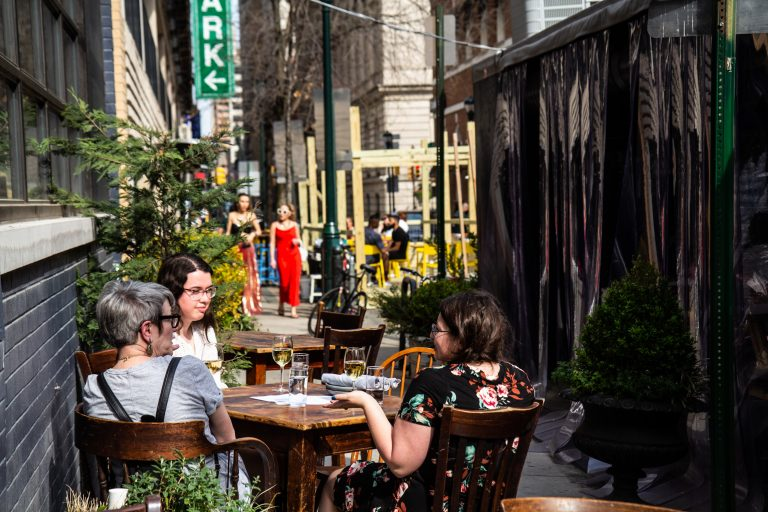 The 1500-1600 block of Sansom Street in Center City is closed for outdoor dining. (Kimberly Paynter/WHYY)