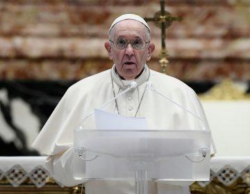 Pope Francis speaks prior to deliver his Urbi et Orbi Blessing, after celebrating Easter Mass