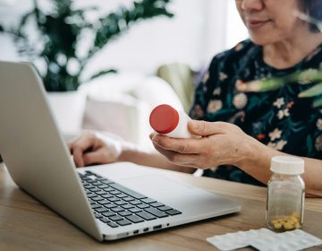 Many of the changes in health care that happened during the pandemic are likely here to stay, such as conferring with doctors online more frequently about medication and other treatments. (d3sign/Getty Images)