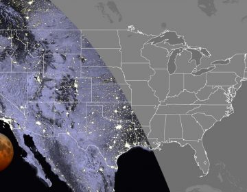 This map shows the visibility of the total lunar eclipse in the contiguous U.S. at 7:11 a.m. Eastern time this Wednesday. The total lunar eclipse will be visible everywhere in the Pacific and Mountain time zones, as well as in Texas, Oklahoma, western Kansas, Hawaii and Alaska. (NASA)