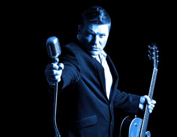 House Concert Series musician Danny Lynch