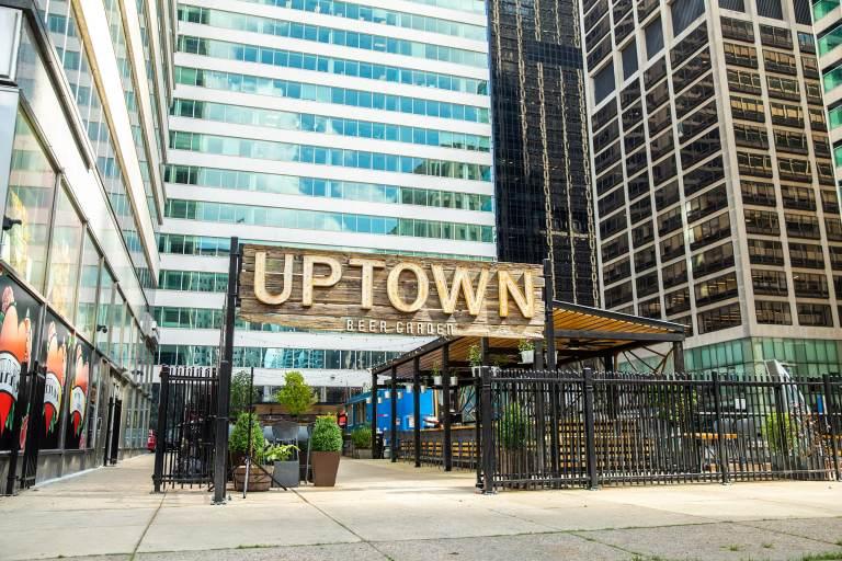 Uptown Beer Garden (Eddy Marenco / Uptown Beer Garden)