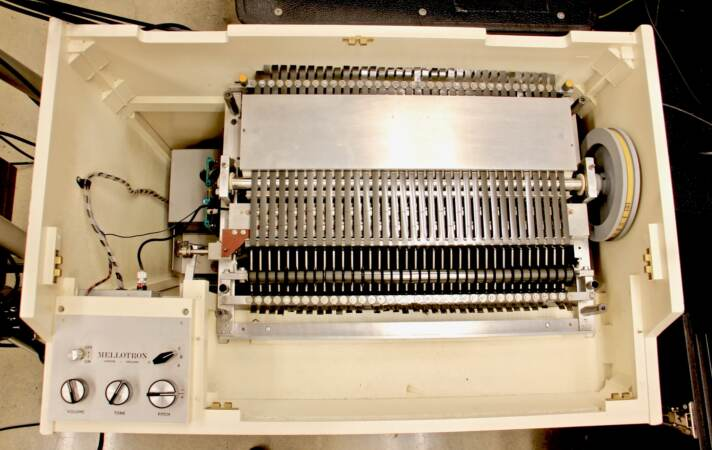 The inner workings of a Mellotron
