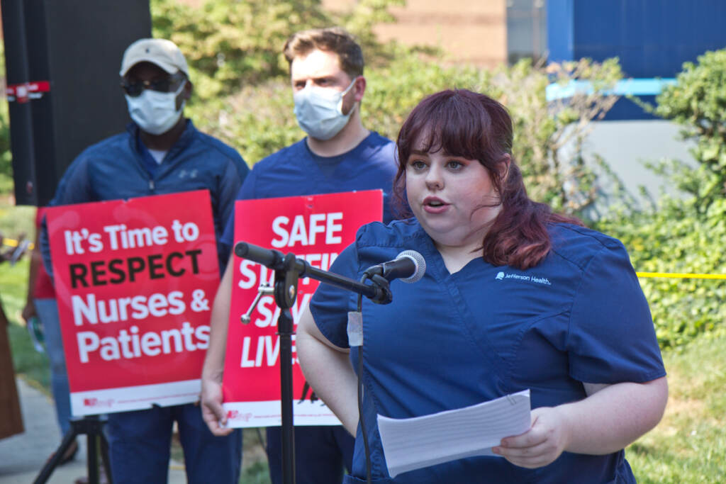 Veronica Harding speaks at rally for nurses fighting to unionize