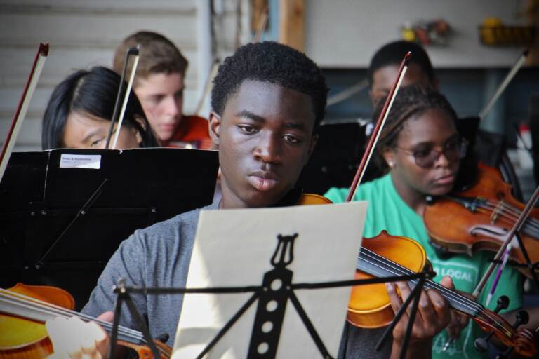 High school musicians work with members of the Philadelphia Orchestra