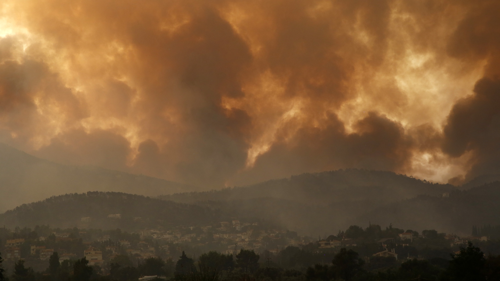 UN report: Climate change nears limits, humans must cut emissions - WHYY