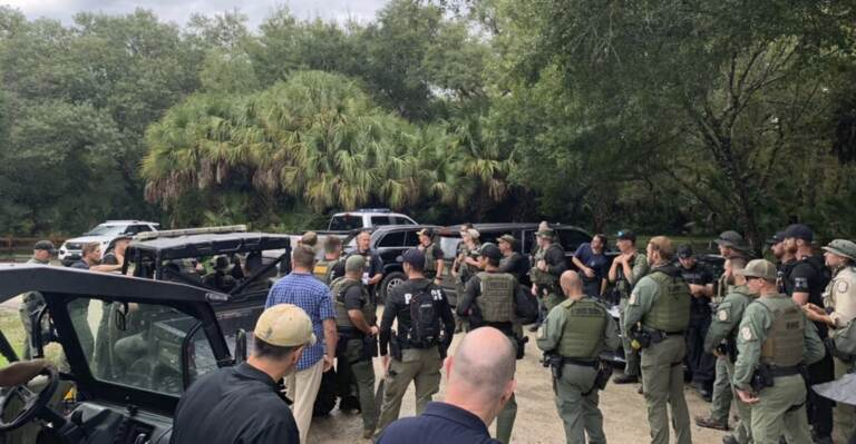 Officers search for missing person of interest in Florida