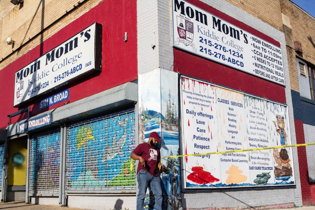 Storeowner stands at scene of mass shooting in Fern Rock.