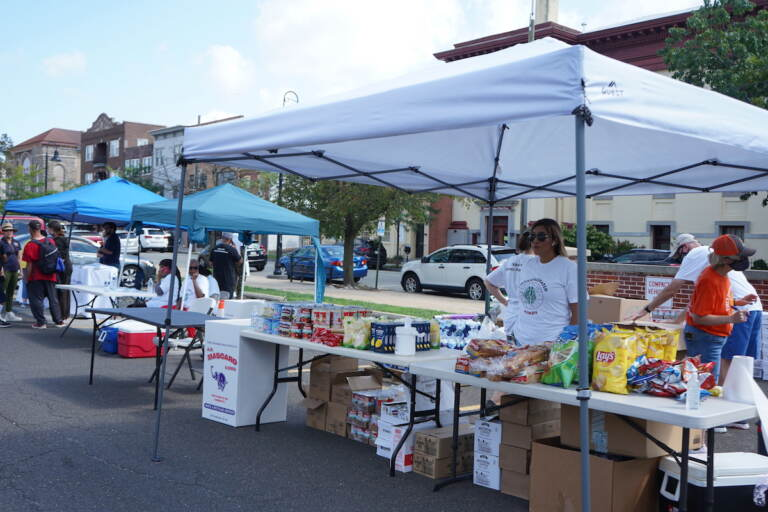 The food distribution station came prepared to donate as much as possible
