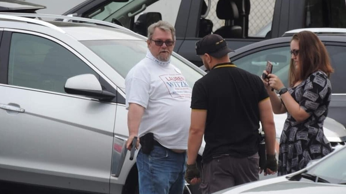 Man who pointed Glock pistol at Delaware political protesters convicted of two felonies