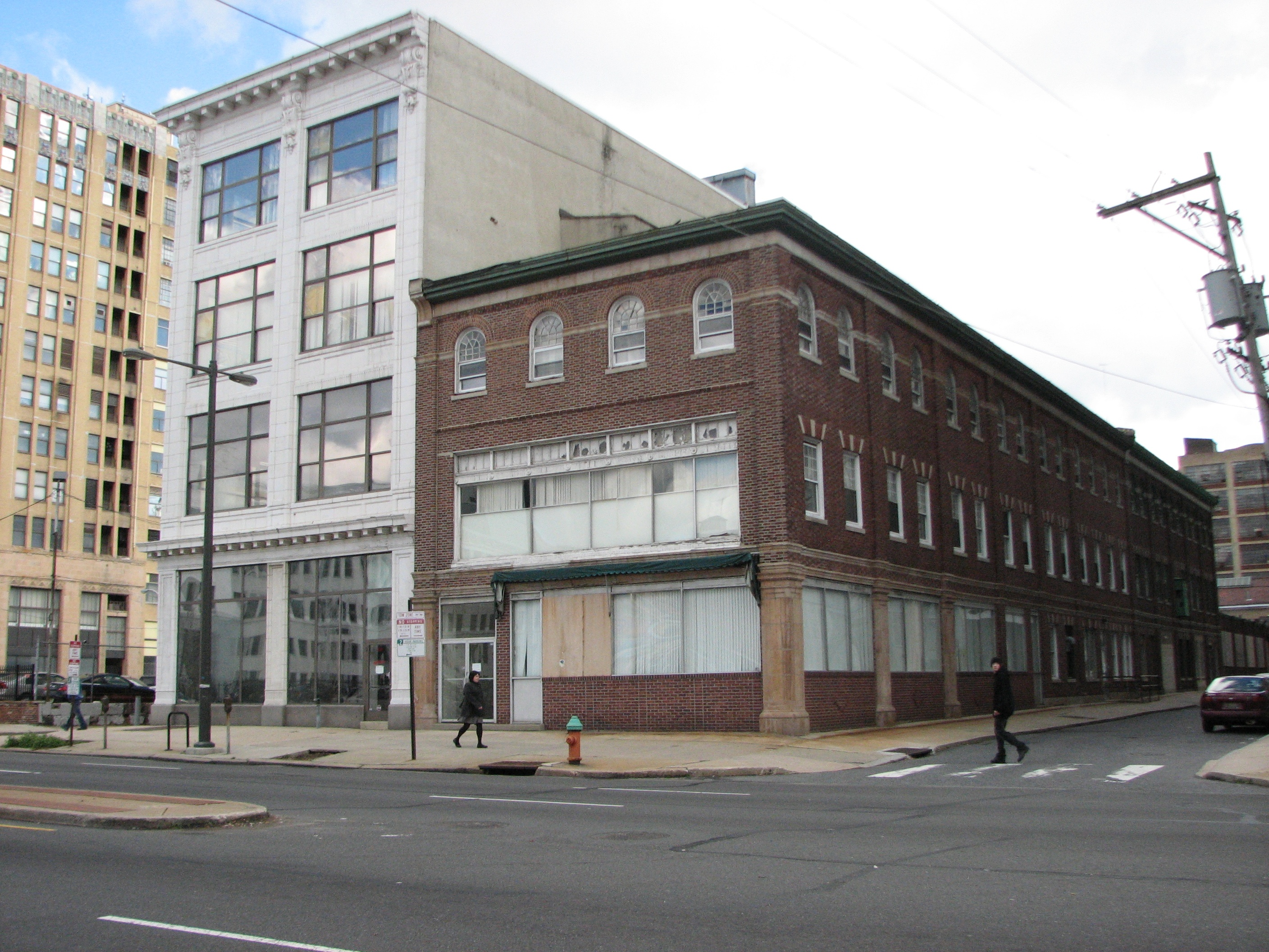 The Pennsylvania Ballet plans to preserve the white building at 331 N. Broad and demolish the brick, Colonial Revival at 325.