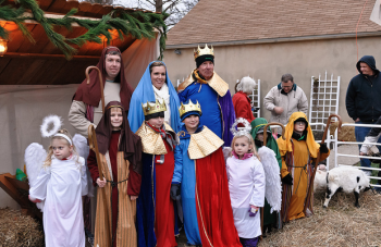 Lambie Funeral Home hosted its fourth annual live nativity Saturday. Photo by Ed Williams