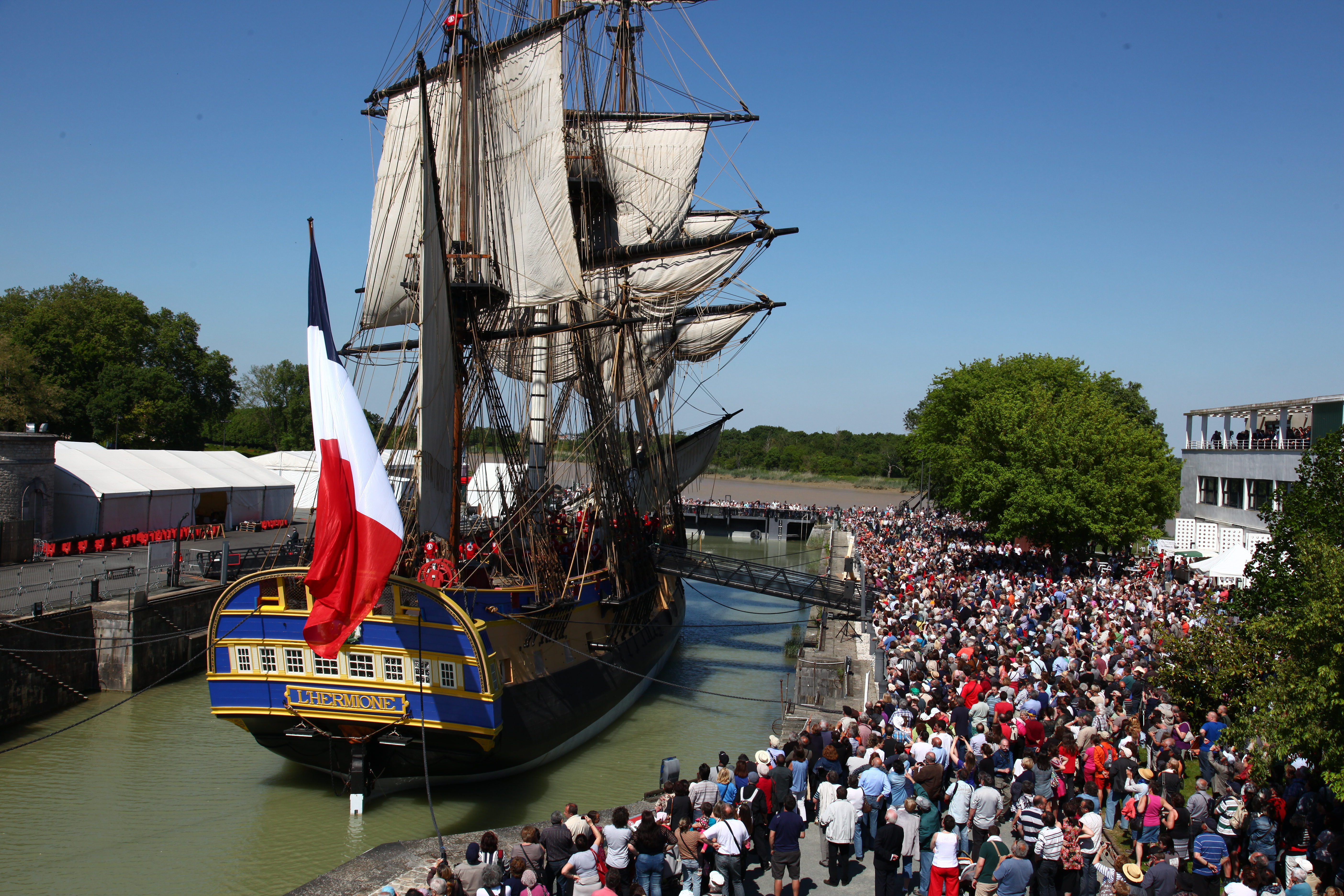 A photo of the Hermione replica, courtesy of the Friends of L' Hermione