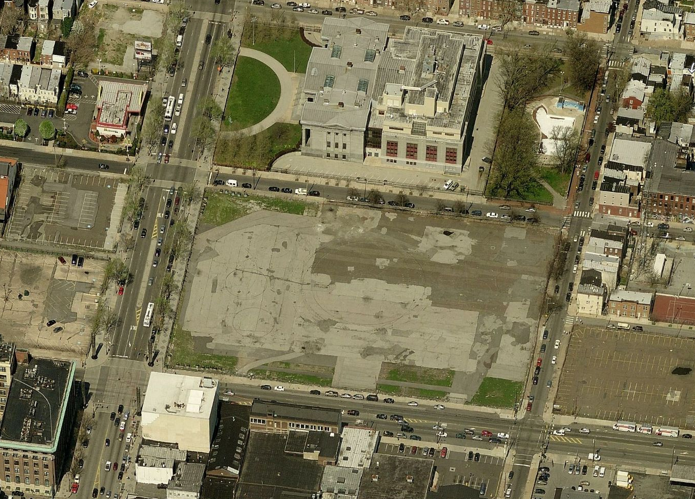 Development site at Broad and Washington | Bing Maps