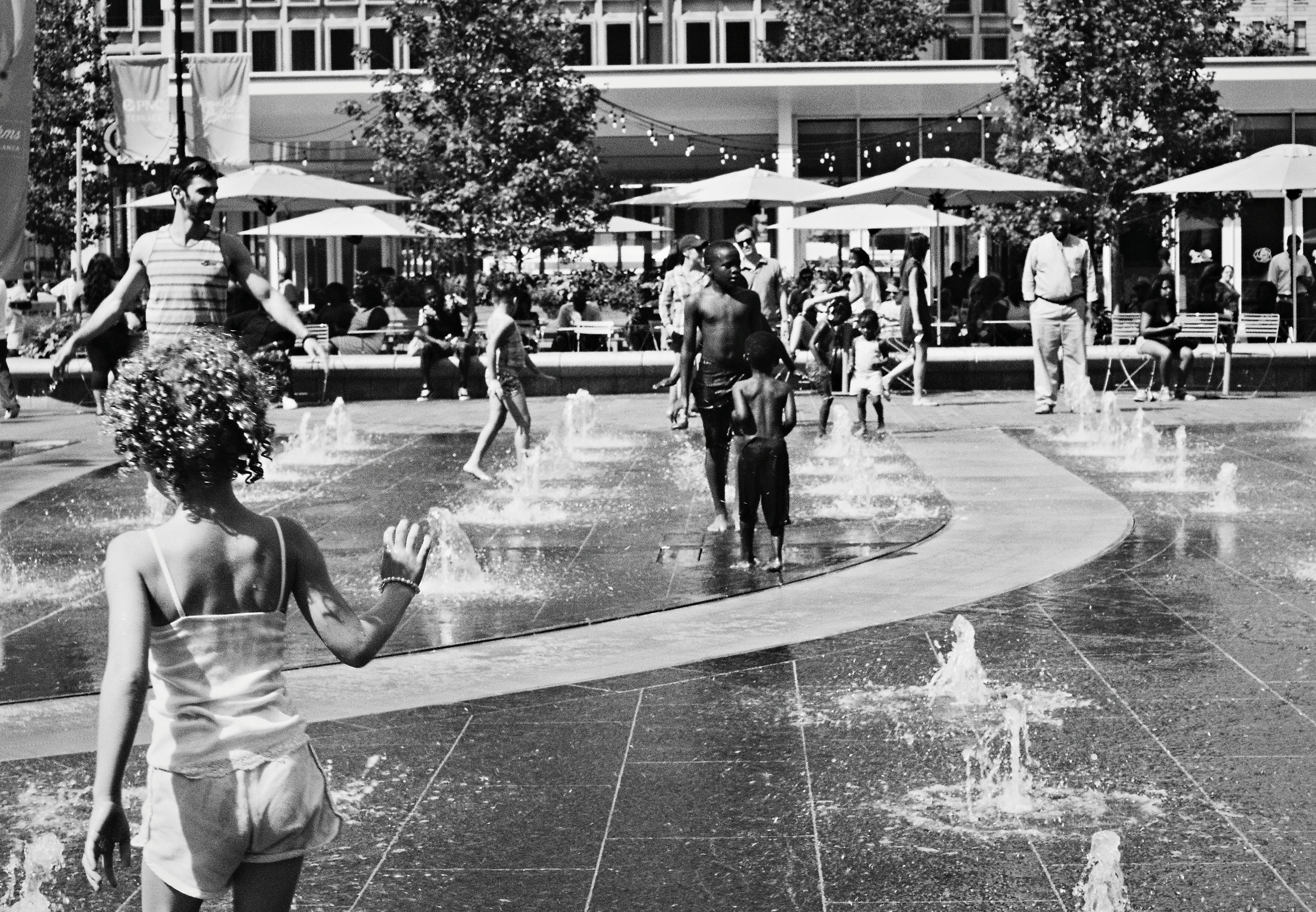 Dilworth Park fountain | David Swift, EOTS Flickr Group