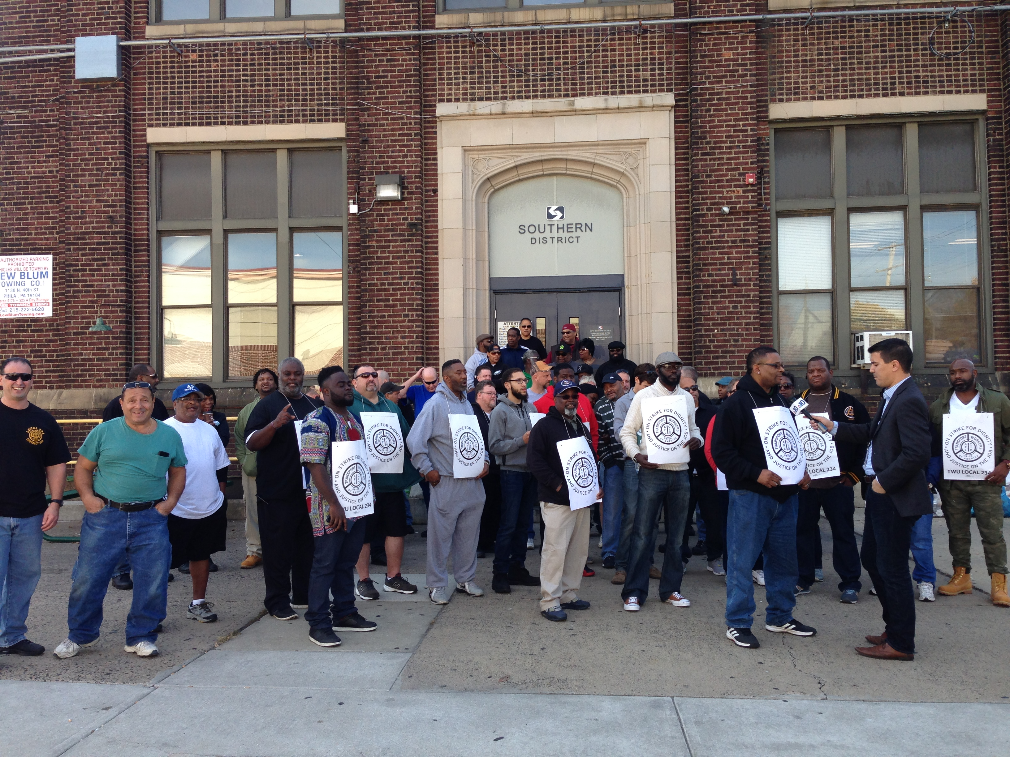 TWU Local 234 striking at SEPTA's Southern District, Nov. 2, 2016