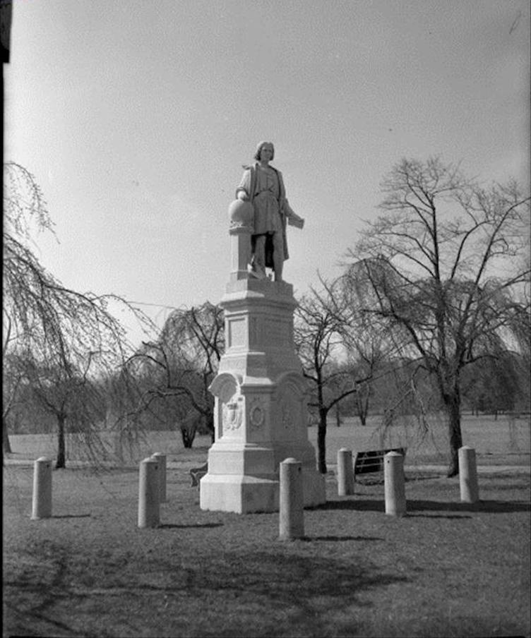 Christoper Columbus statue, Marconi Plaza, | Department of Records, 1959 - PhillyHistory.org