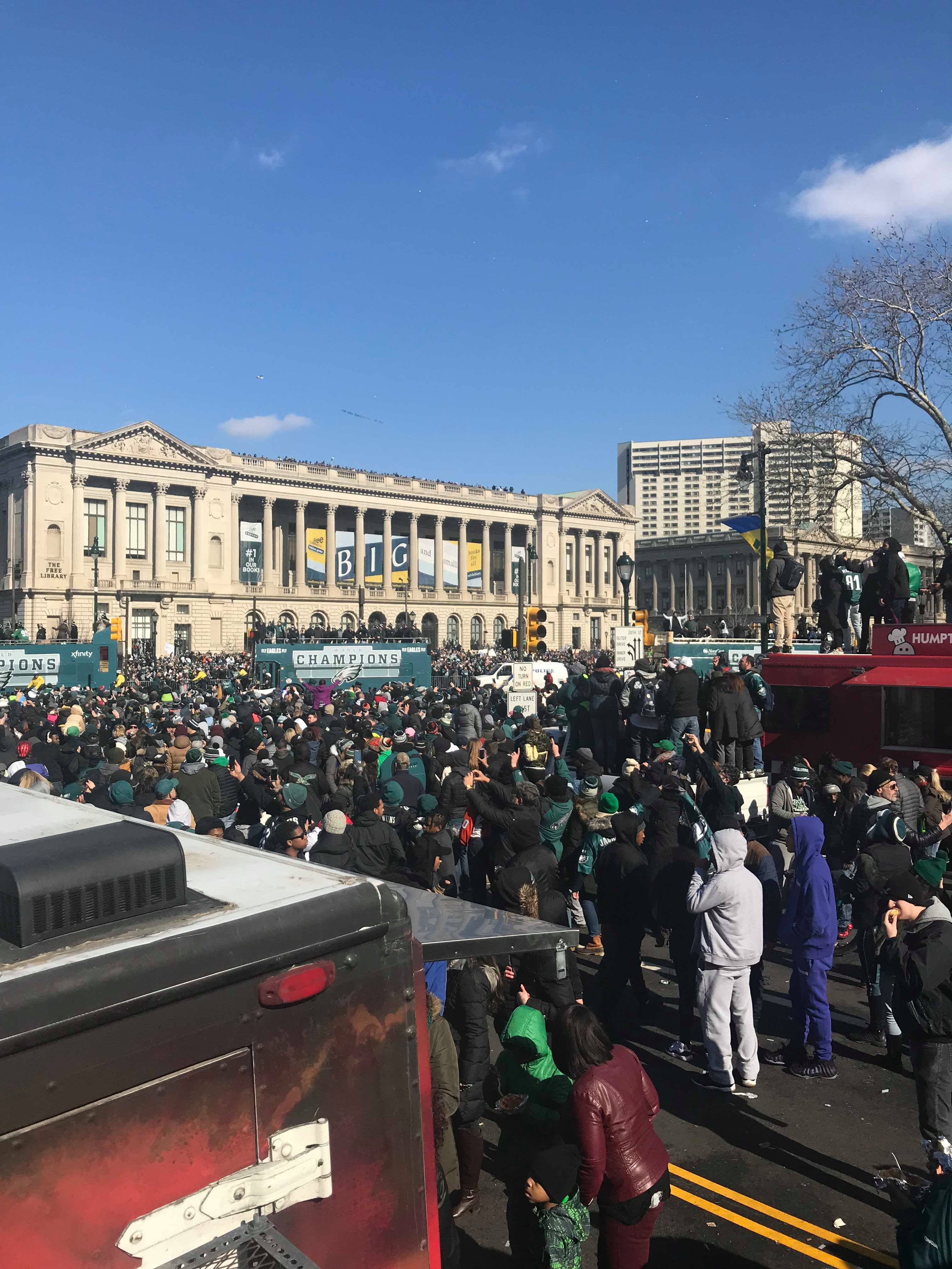 Eagles Fans Crowd Next to Food Trucks. Credit: Tom Gannon/Nick's Roast Beef