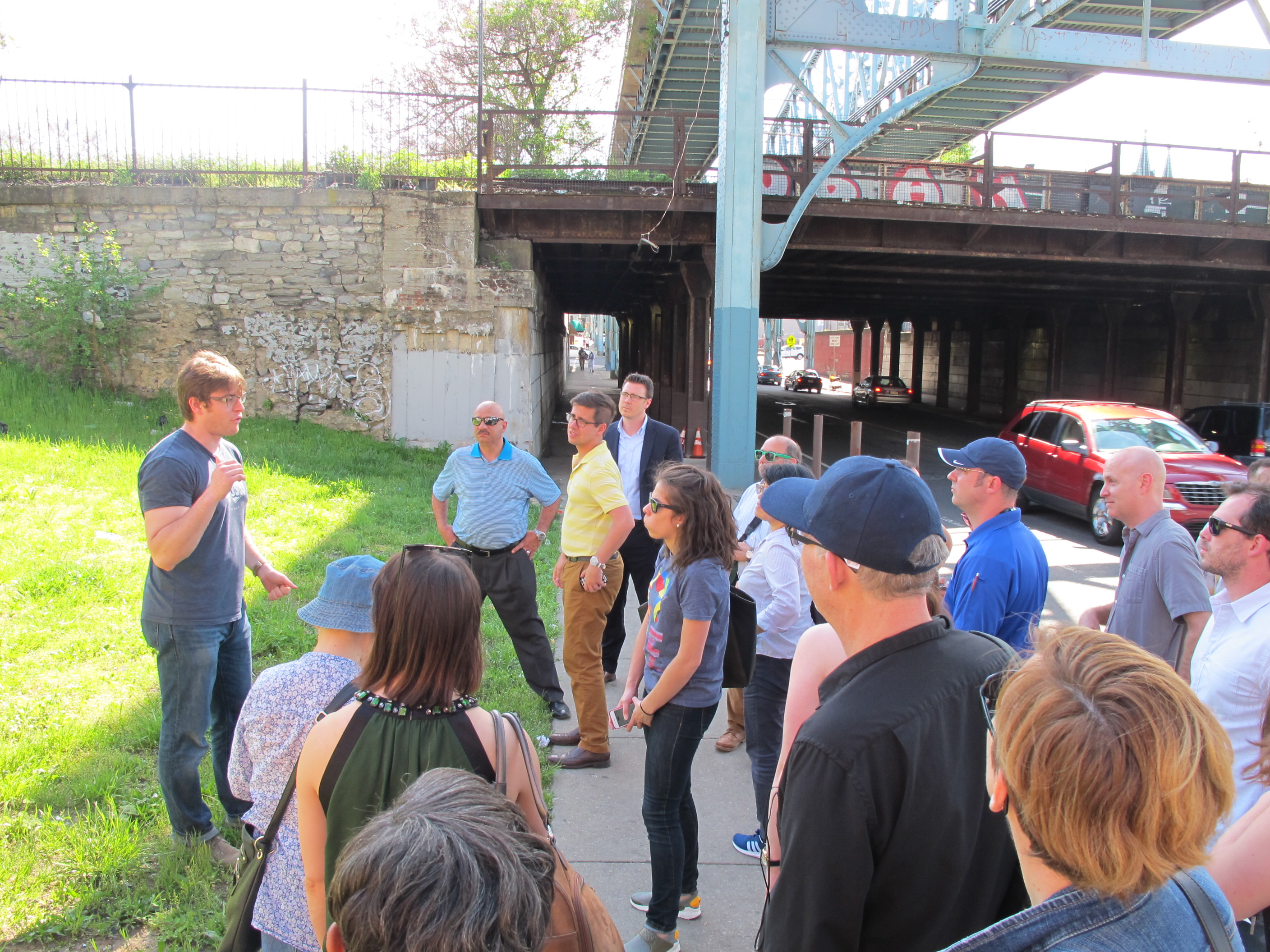 Sam Thomas discusses ways the Lehigh Viaduct is a boundary and barrier. | Ashley Hahn / PlanPhilly
