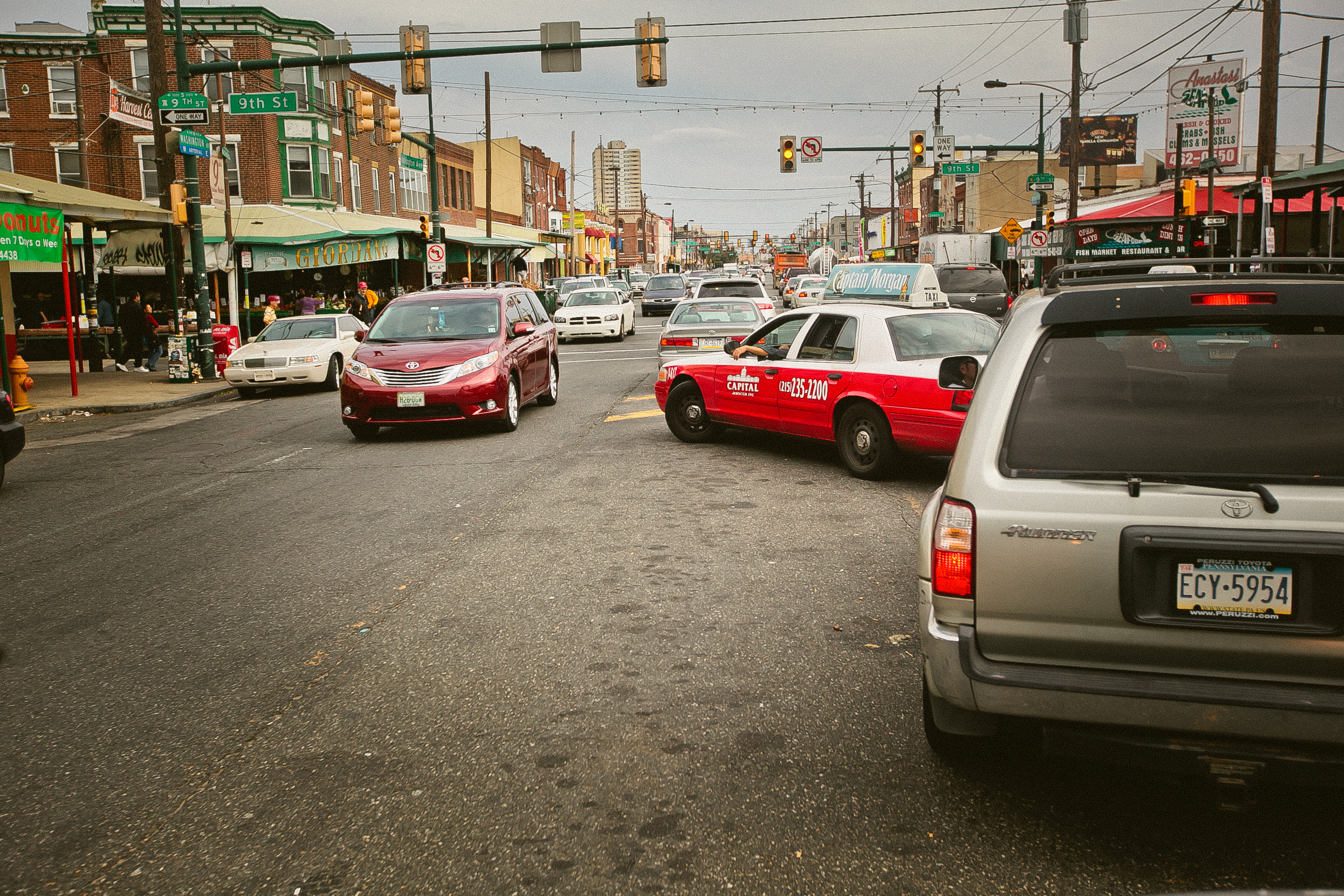 Traffic on Washington Avenue in South Philadelphia, one of the corridors targeted for improvements in new city plan.