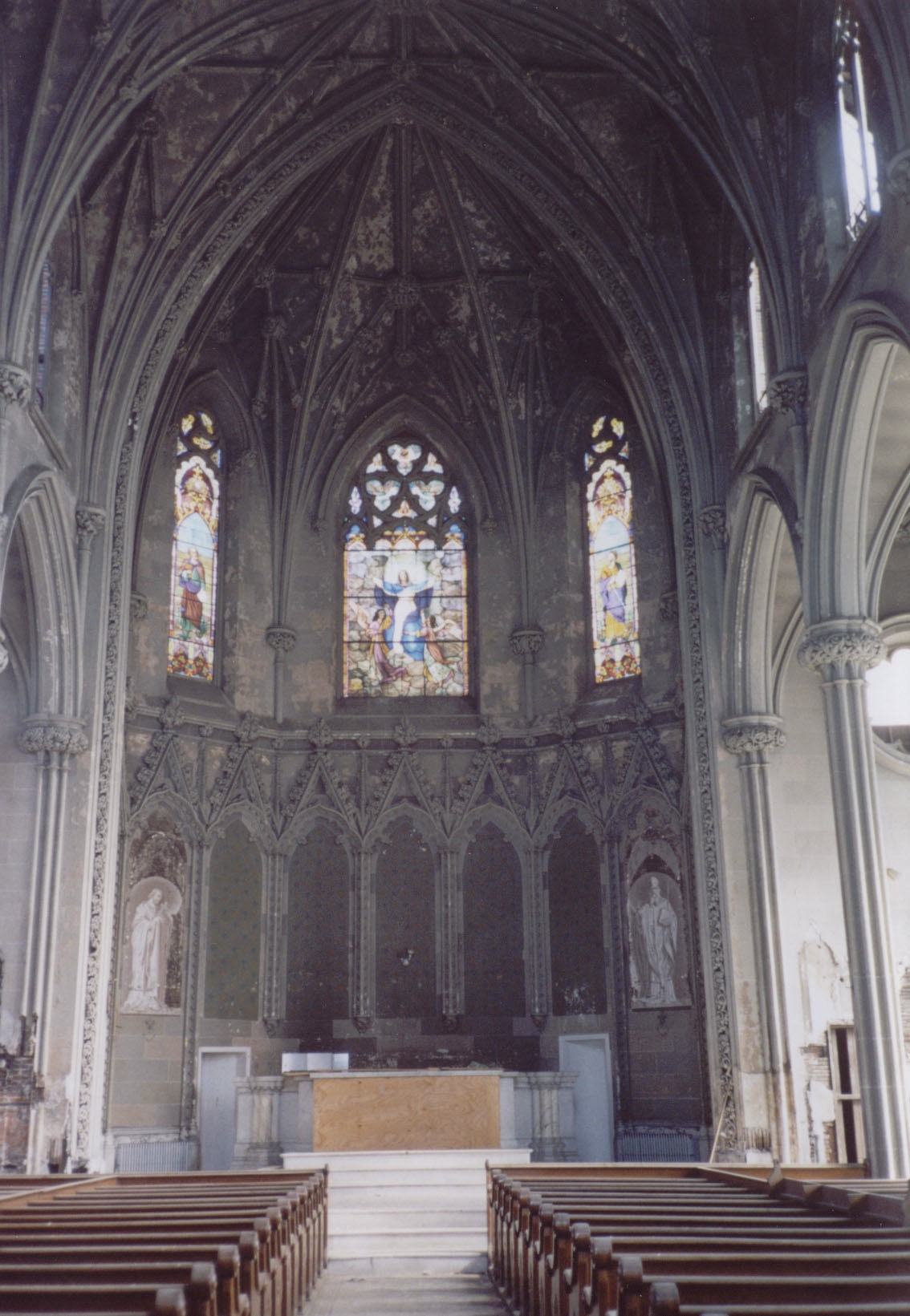 In 2007, the interior of the church still had its stained-glass windows and interior decor.